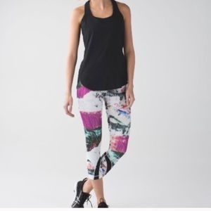 Lululemon Run: Inspire Crop II Pigment Wave Multi